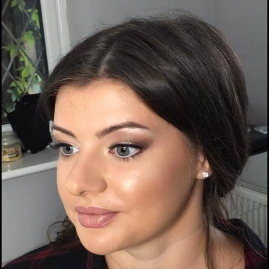 Makeup Artist for christmas parties, wedding, special occasions in Sandhurst, Crowthorne, Berkshire, Yateley, Fleet, Surrey, Berkshire