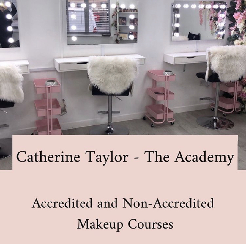 Make up lessons, Makeup Courses, Accredited Makeup courses in Berkshire, Surrey and Hampshire, Sandhurst, Camberley, Bracknell, Ascot, Yateley, Blackwater, Farnborough, London, Frimley, Aldershot, Farnham, Alton, Guildford
